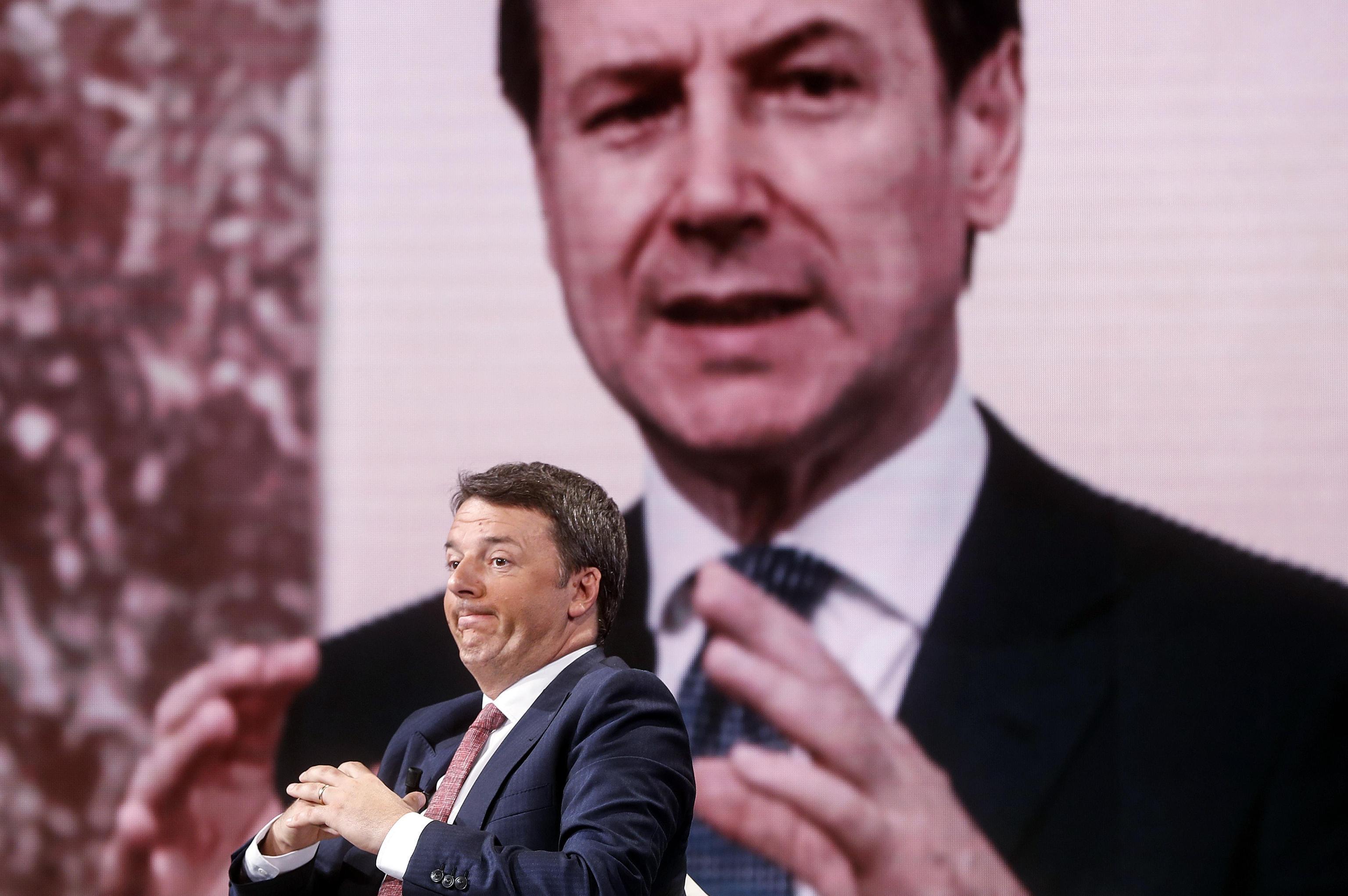Governo, Renzi rilancia: «Pronti a discutere senza veti». E annuncia l'astensione di Italia Viva sulla fiducia a Conte