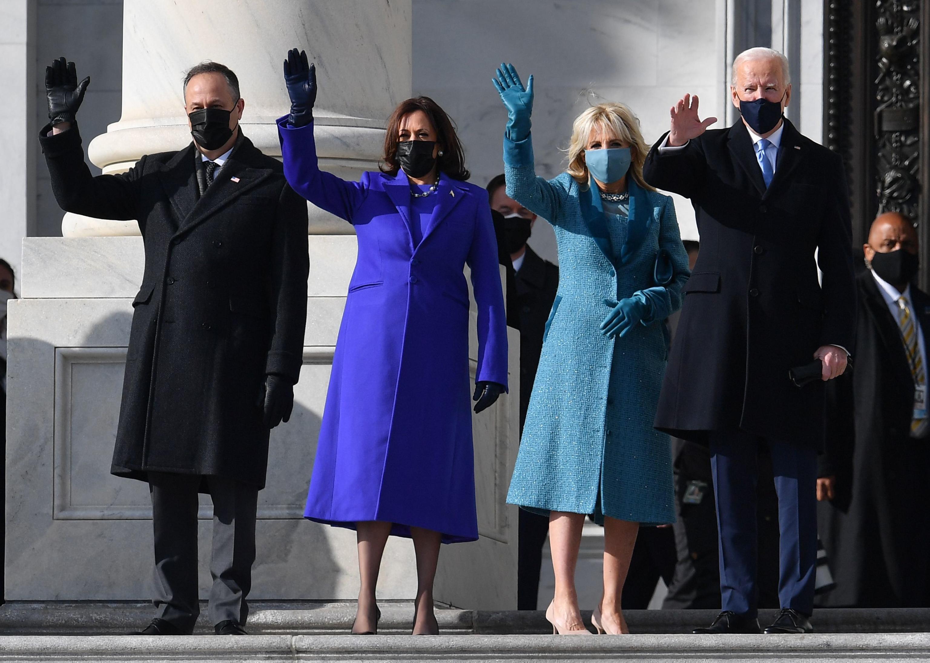Inizia l'era Biden Harris. Il neo presidente: «È il giorno della democrazia. Uniamo il Paese»