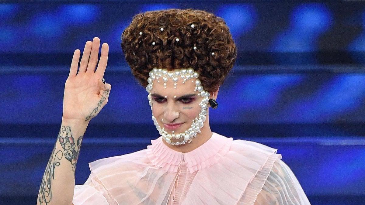 Sanremo 2021, Achille Lauro c'è (forse) cascato di nuovo. Sul palco dell'Ariston ma non in gara? - Open