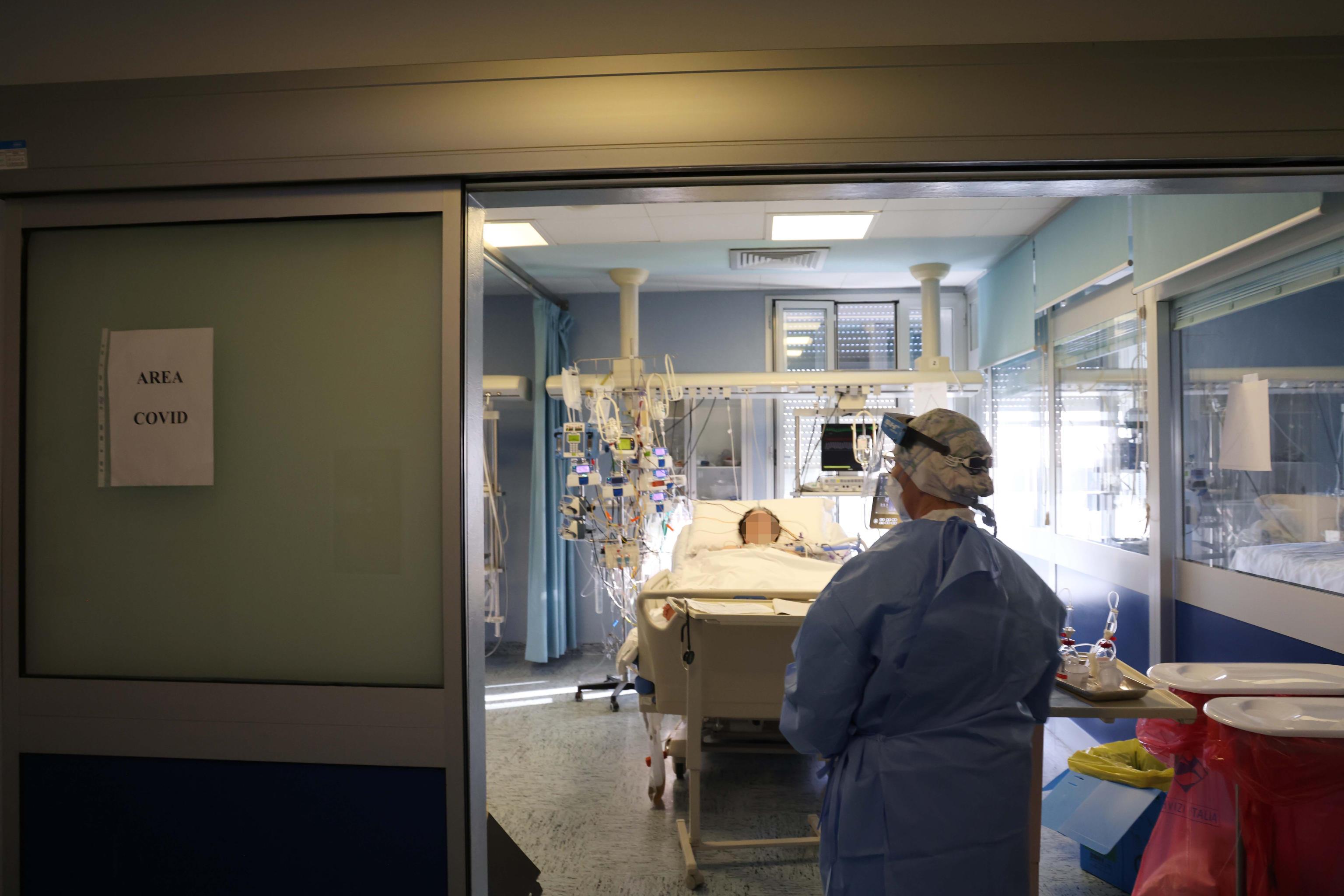 Coronavirus, sei Regioni rischiano di passare in zona arancione dal 1 marzo. Pistoia e Siena in lockdown