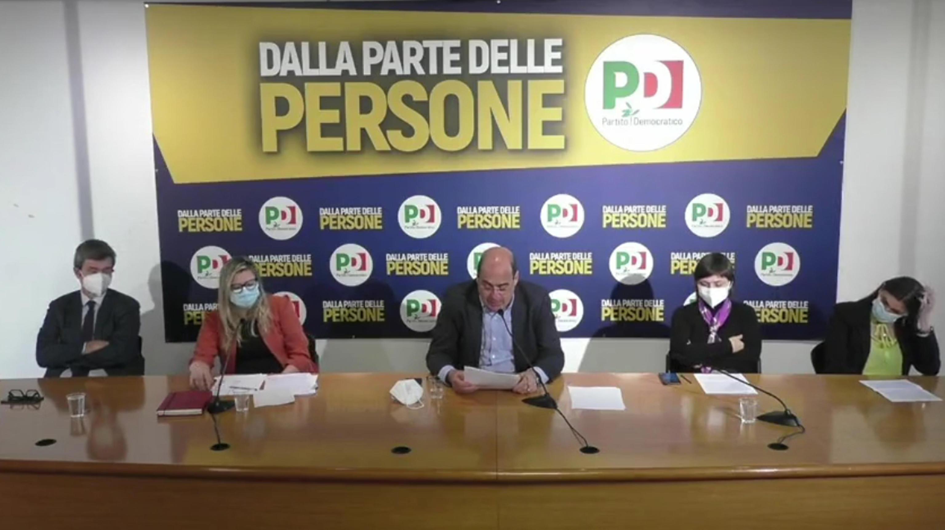 Pd, Zingaretti: «Sulle donne abbiamo sbagliato, ma non siamo all'anno zero. Restiamo uniti per non implodere»