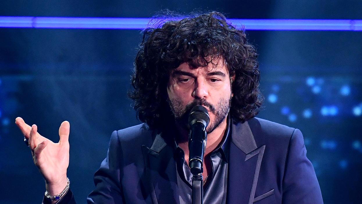 Sanremo 2021, ancora guai con i microfoni all'Ariston: Renga deve ripetere l'esibizione
