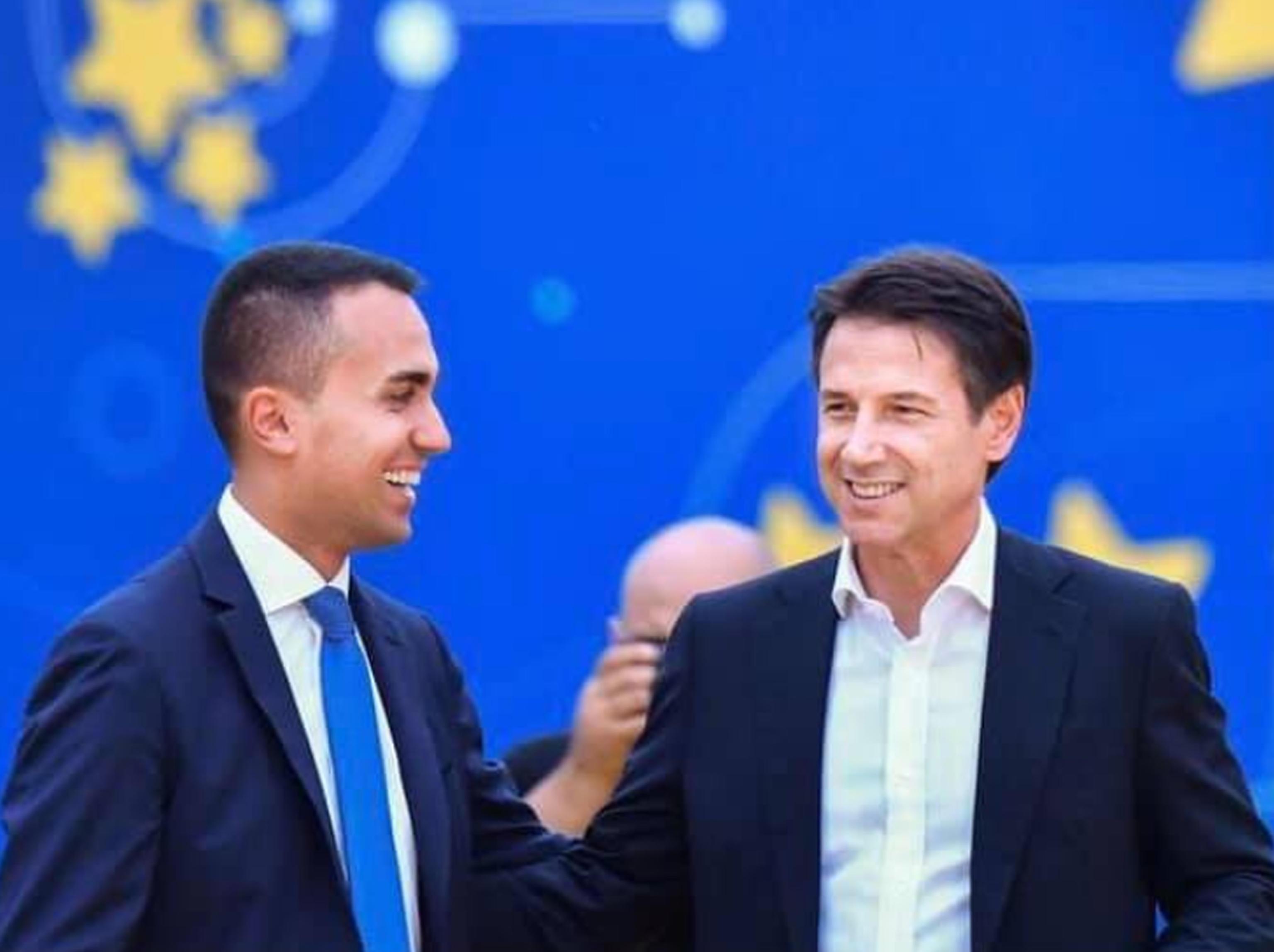 M5s, continua il braccio di ferro tra Conte e Casaleggio. L'ex premier: «Il simbolo è e rimane del Movimento 5 Stelle»