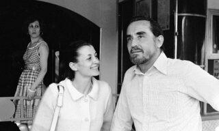 Carla Fracci con Vittorio Gassman in una foto d'archivio. ANSA/OLDPIX
