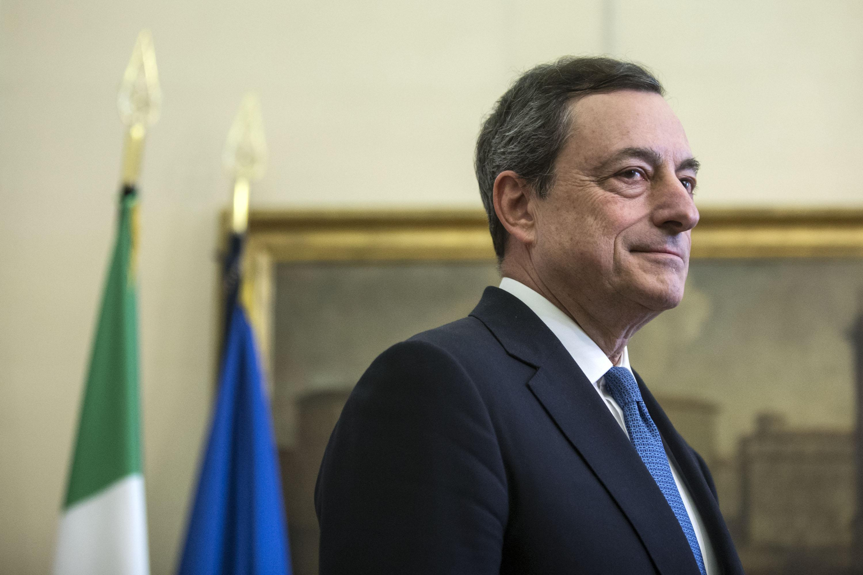 Vaccini, l'assist di Draghi a Biden. Il premier sarebbe a favore della sospensione dei brevetti