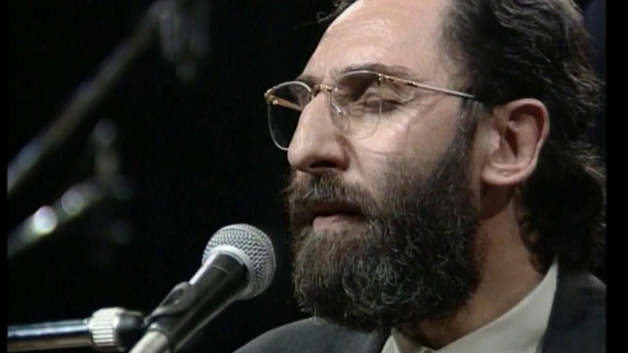 """Il viaggio """"Sopra le palme"""" di Franco Battiato allo storico concerto di Baghdad del 1992 – Il video"""
