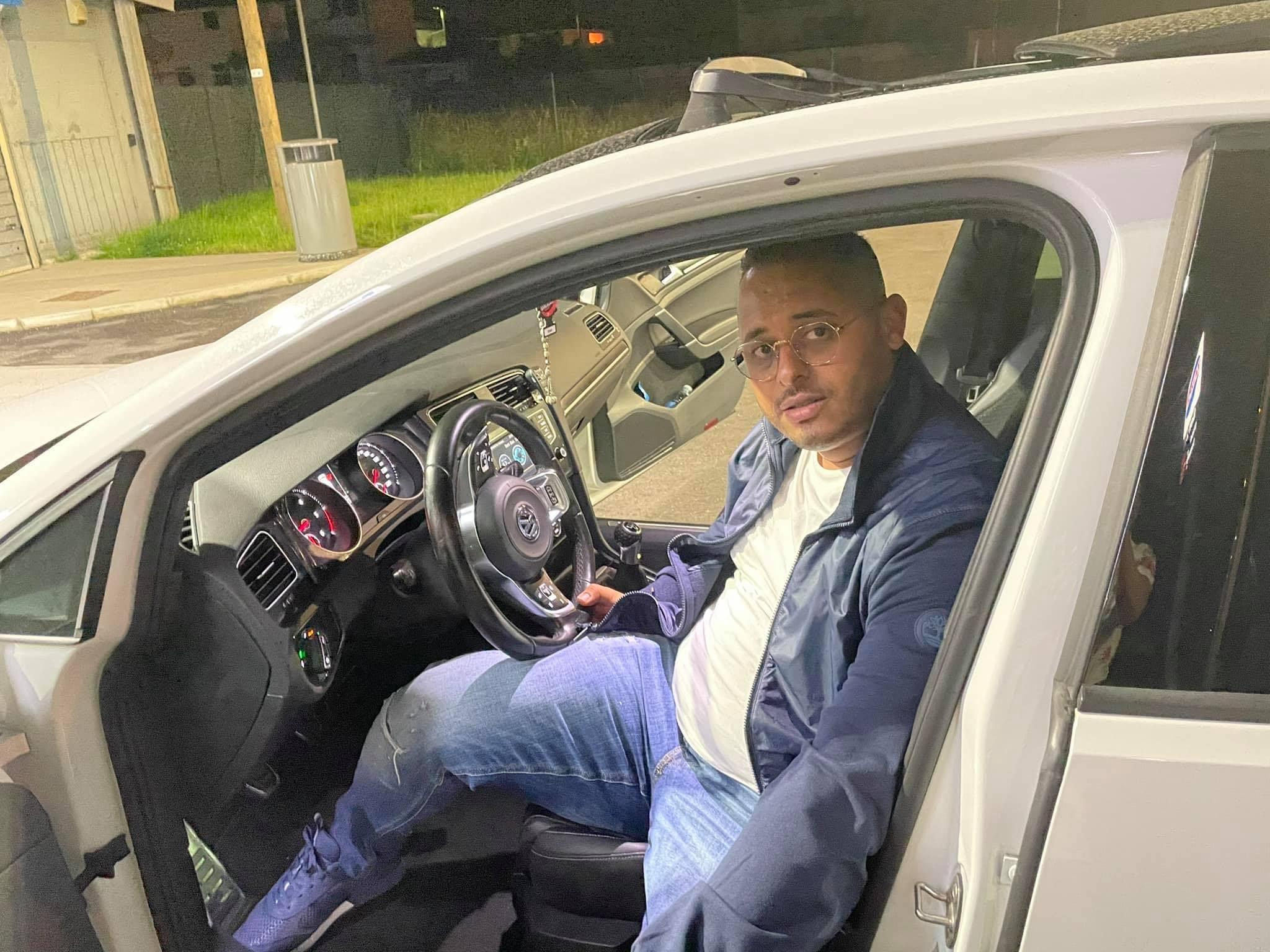 Arrestato il camionista che ha investito Adil Belakhdim, il sindacalista ucciso durante una manifestazione a Biandrate