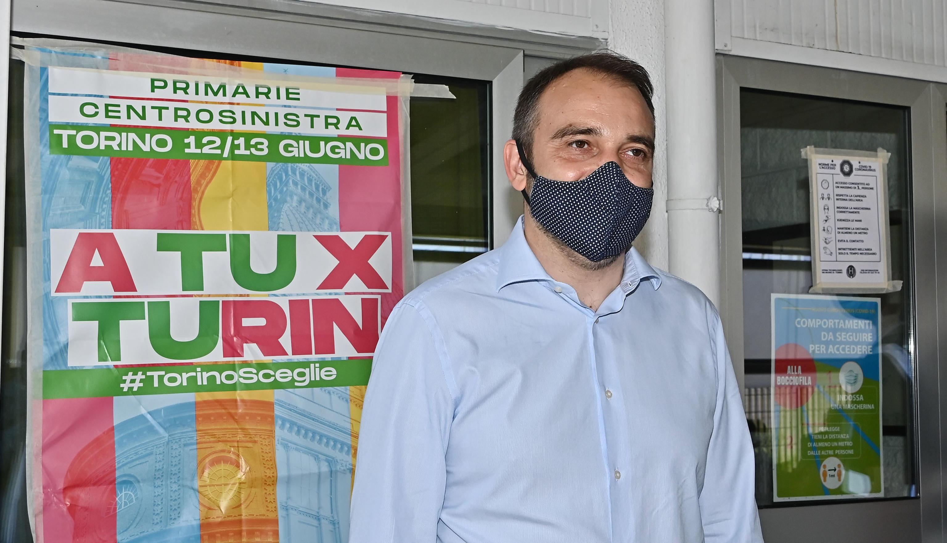 Torino, Lo Russo vince le primarie: sarà il candidato sindaco del centrosinistra alle comunali d'autunno