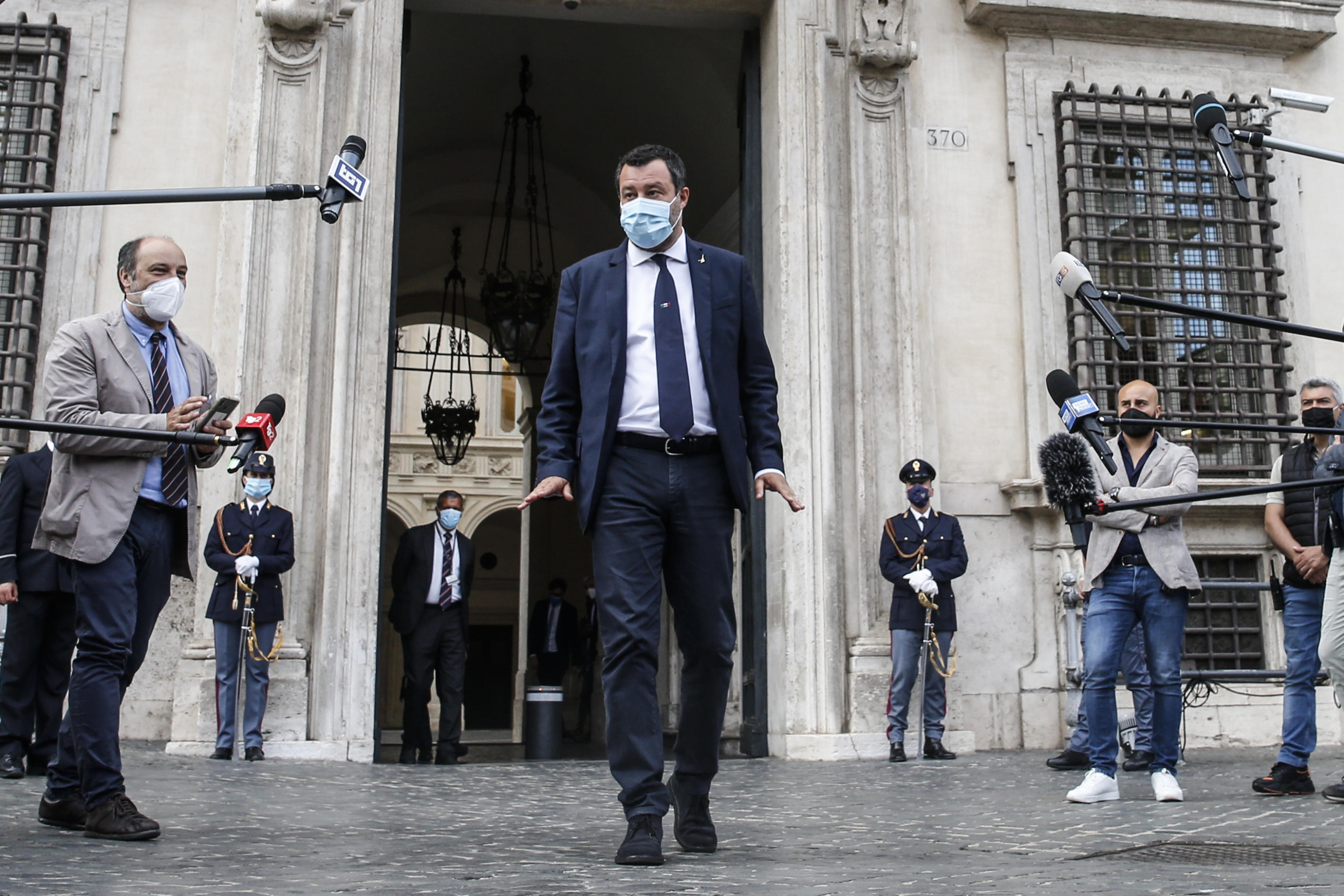 Salvini vede Draghi: «Misure? Si valuta la settimana prossima. Rammarico per frasi ingenerose»