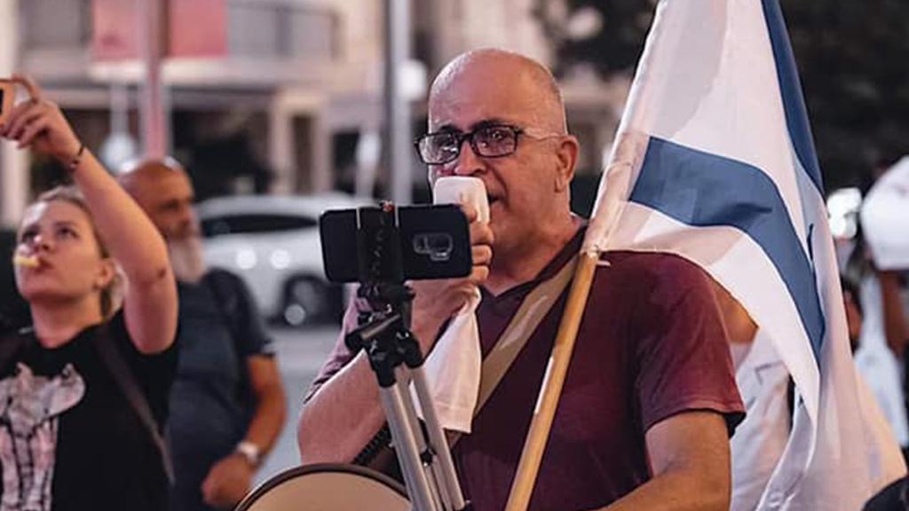 Israele, il leader dei No vax muore di Covid-19: anche dall'ospedale  pubblicava video contro i vaccini - Open