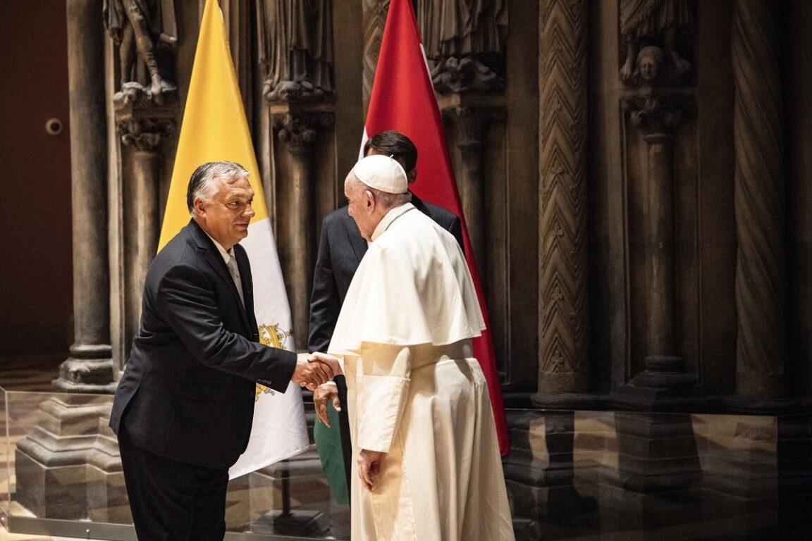 L'incontro tra Papa Francesco e Viktor Orbán a Budapest: «Basta rigurgiti di  odio, fermiamo l'antisemitismo» - Open